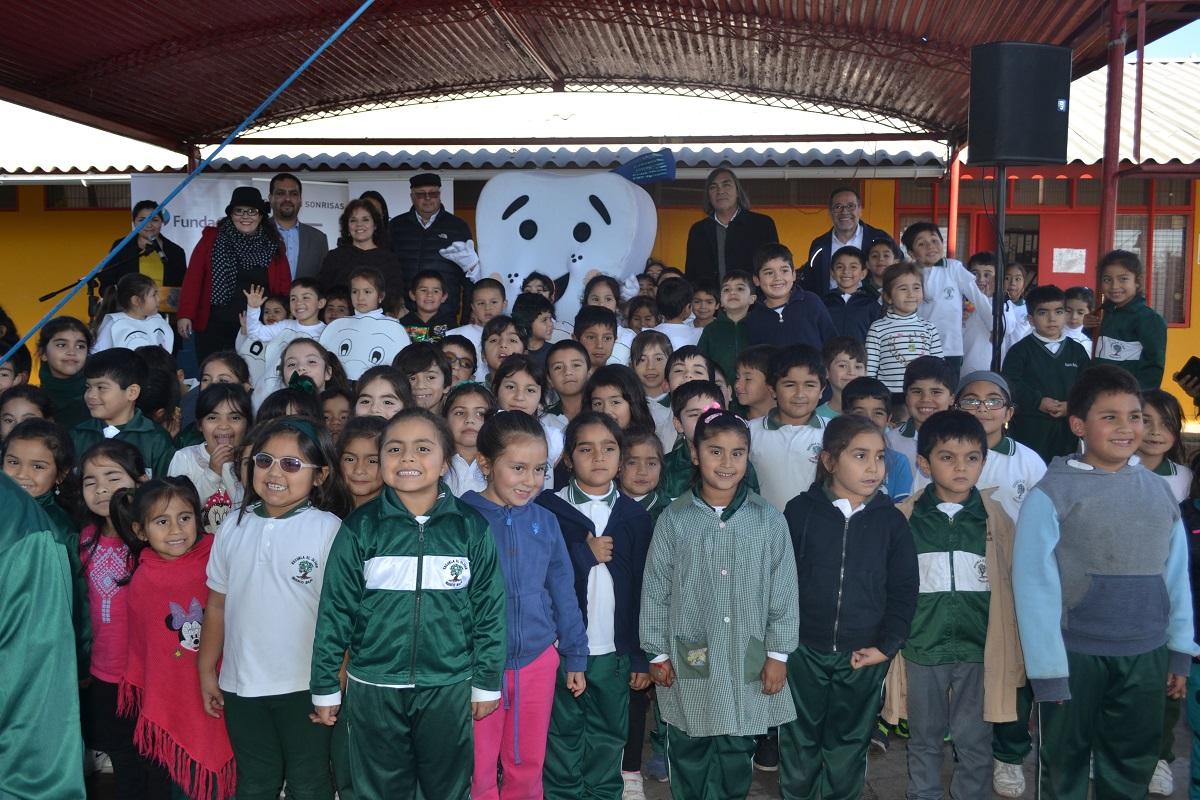 """Lanzan programa """"Escuela Sonrisas"""" por segundo año en Huasco"""