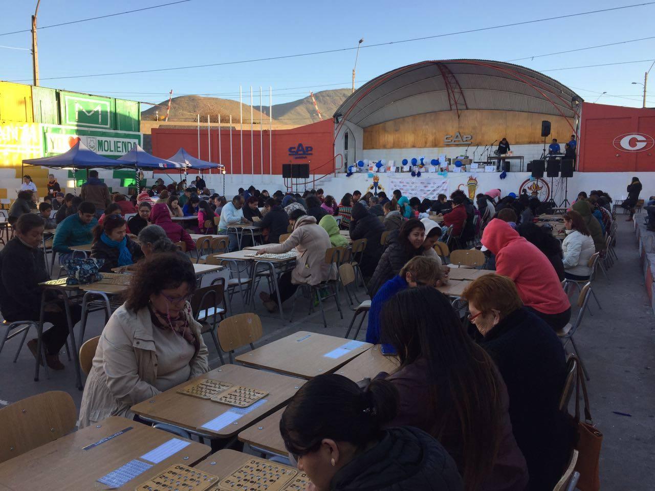 Con éxito se desarrollo Bingo Bailable de Barrio Craig